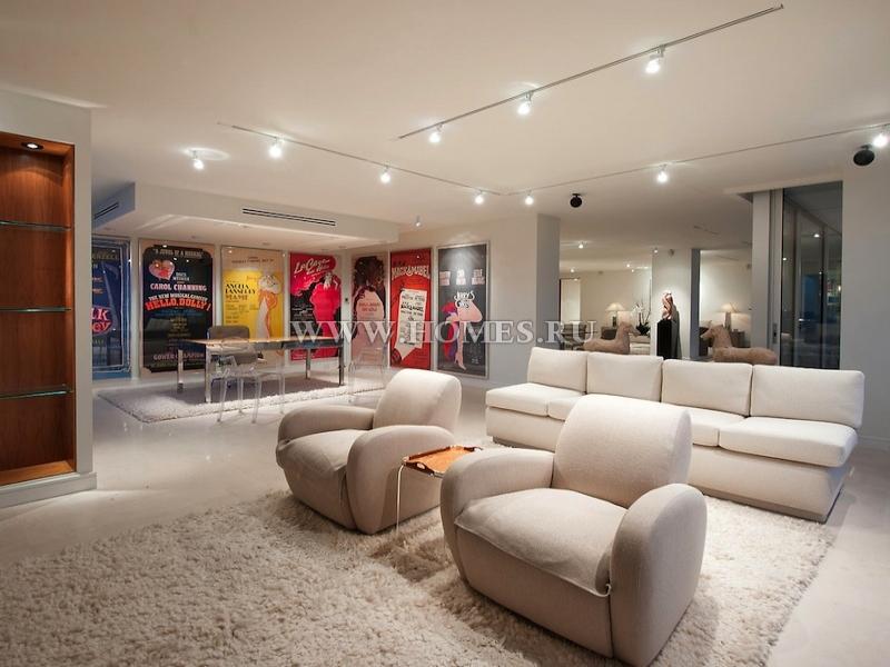 Шикарные апартаменты в Голливуде, штат Калифорния