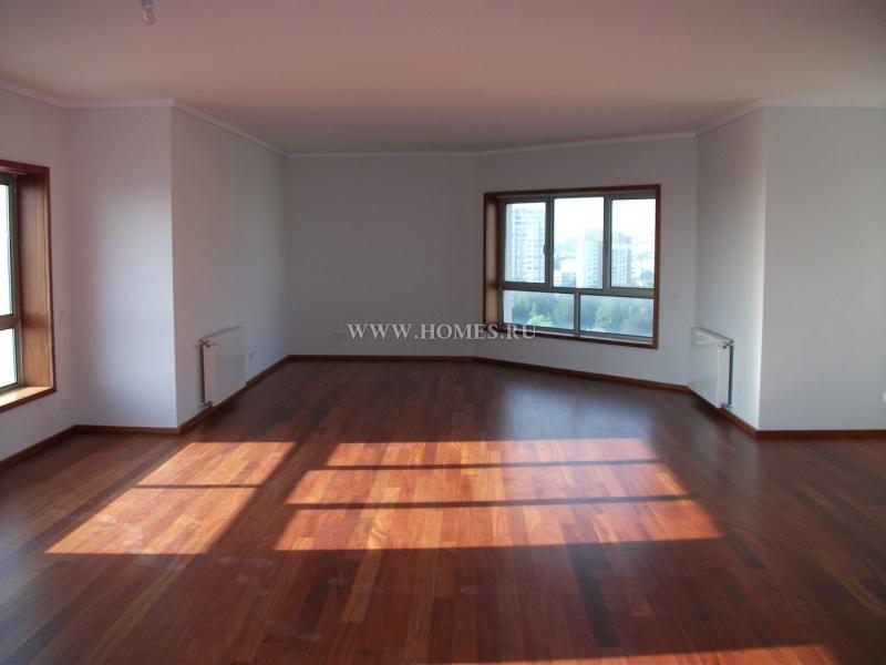 Великолепные апартаменты в Порту