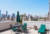Нью-Йорк, красивый двухэтажный апартамент между Мэдисон и Парк Авеню