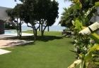 Современная вилла с видом на море в Марбелье