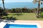 Великолепная вилла на побережье Коста-дель-Соль