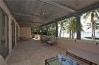 Превосходный особняк с прекрасным садом в Майами