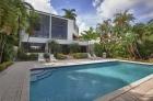 Современная вилла на престижном острове в Майами