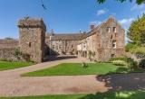 Старинный замок в Шотландии