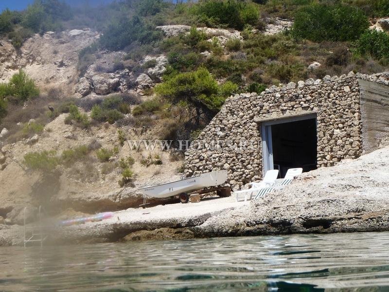 Дом в италии или в остров Спеце