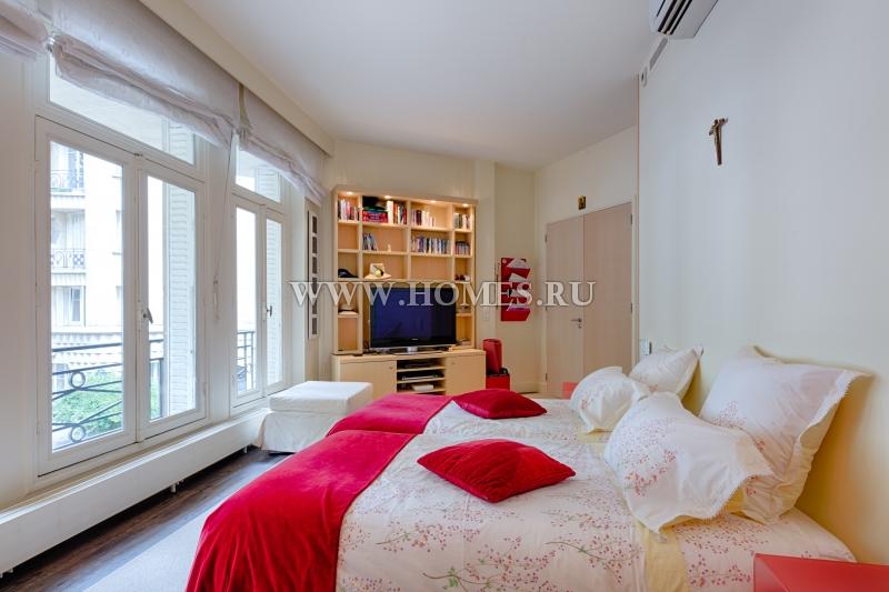 Превосходная квартира в Париже