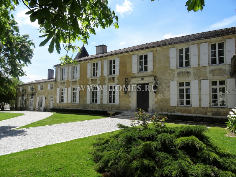 Исключительный замок в Шаранте