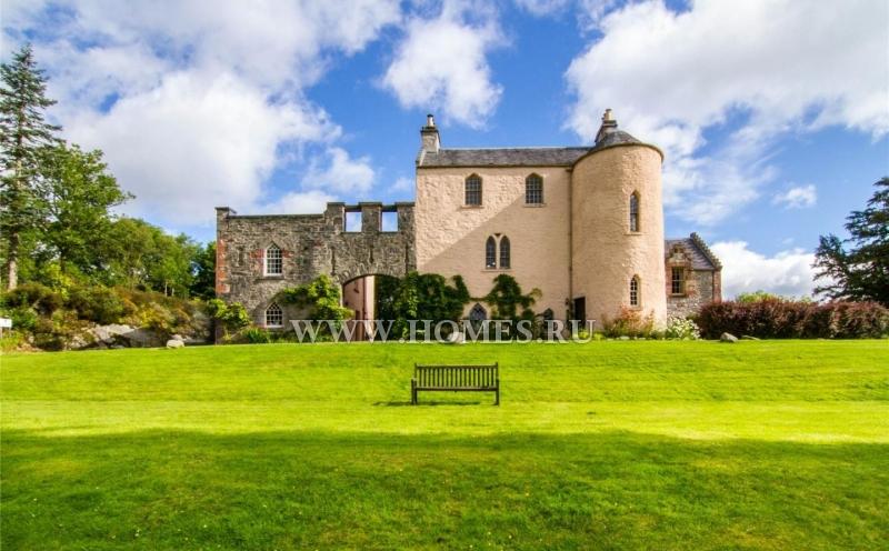 Великолепный замок 16 века в Шотландии