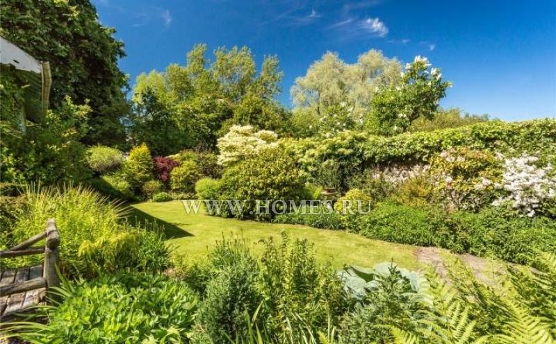 Великолепный загородный дом под Эдинбургом