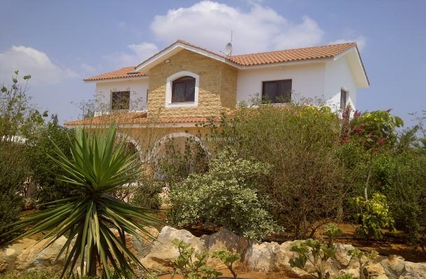 Прекрасная вилла на Кипре