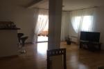 Красивая квартира расположена в районе Бабин До, Будва