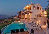 Роскошная вилла поблизости от центра города Пафос