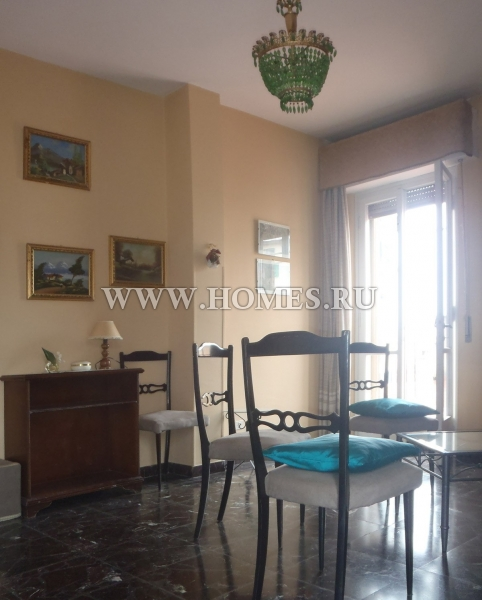 Флоренция, светлый апартамент в хорошем районе города