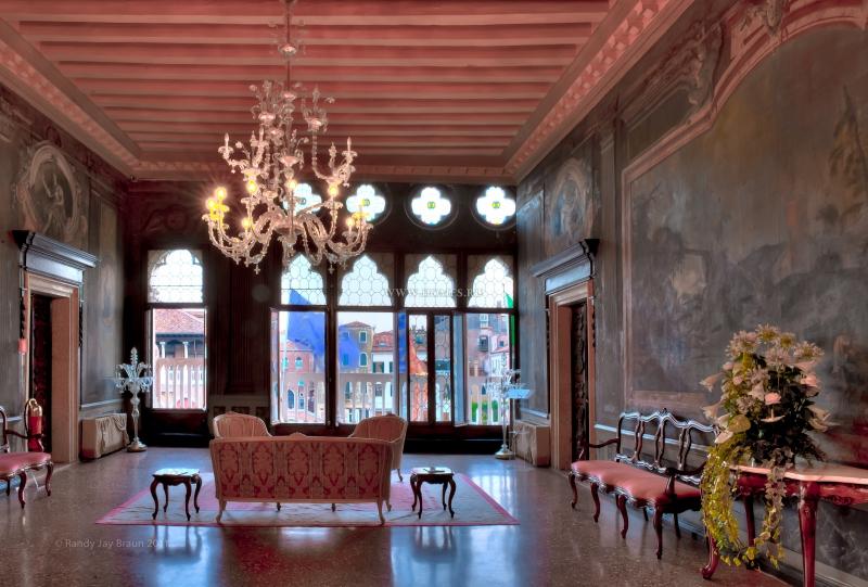 Роскошный отель в Венеции