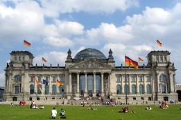 Новости рынка → 72% инвесторов отзывают капиталы из Берлина