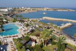 Новости рынка → Кипр: все больше недвижимости скупается иностранцами