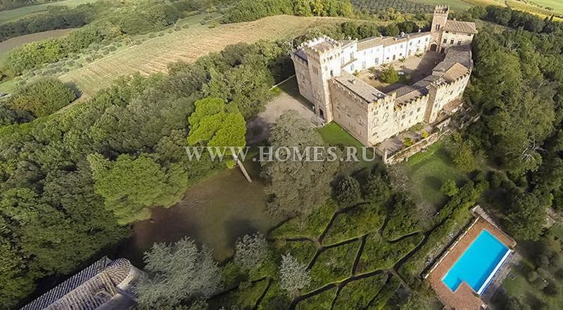 Прекрасный замок в Тоскане