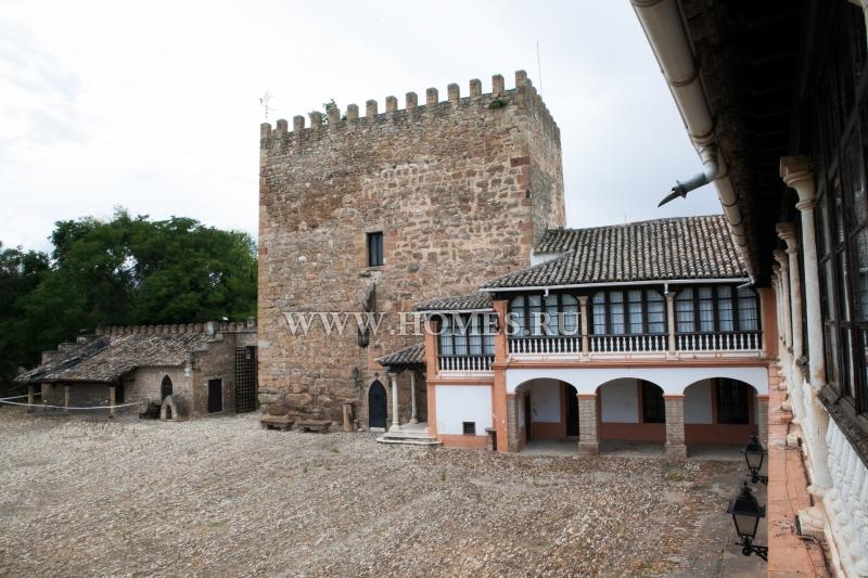 Старинный замок в Андалусии