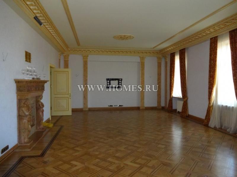 Красивая квартира в центре Риги
