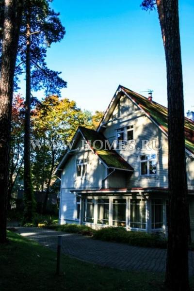 Потрясающий дом в районе Межапаркс, Рига