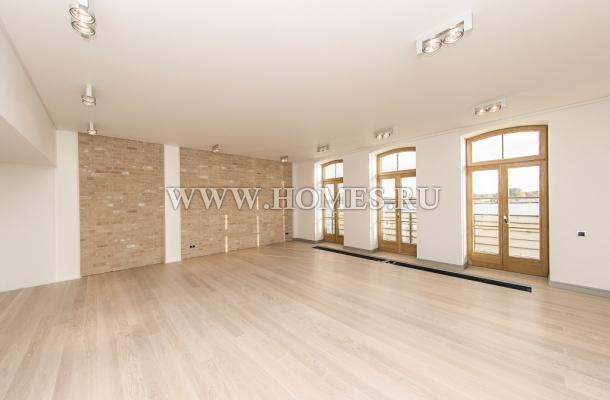 Светлая квартира в Риге, Kипсала