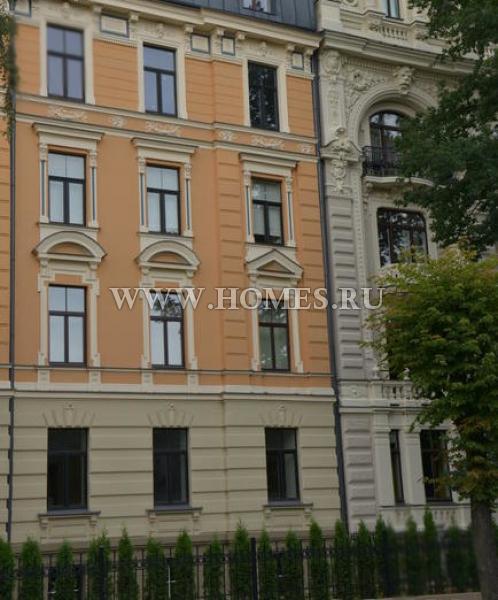 Просторная квартира в Риге, Латвия
