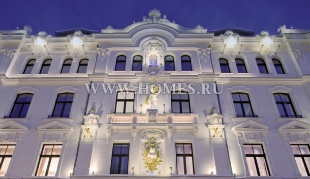 Элитная квартира в центре Риги