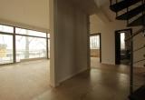 Просторная двухэтажная квартира в Юрмале