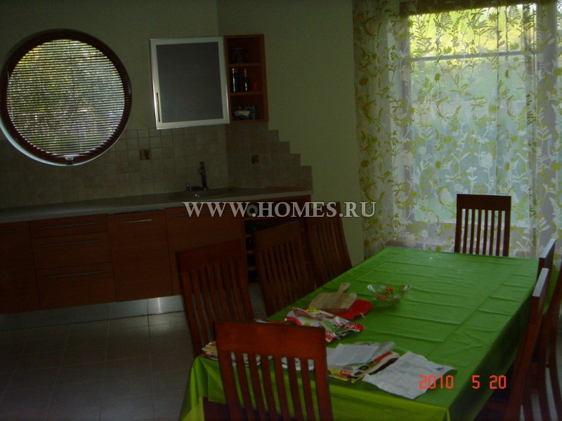Восхитительный дом в районе Меллужи, Юрмала
