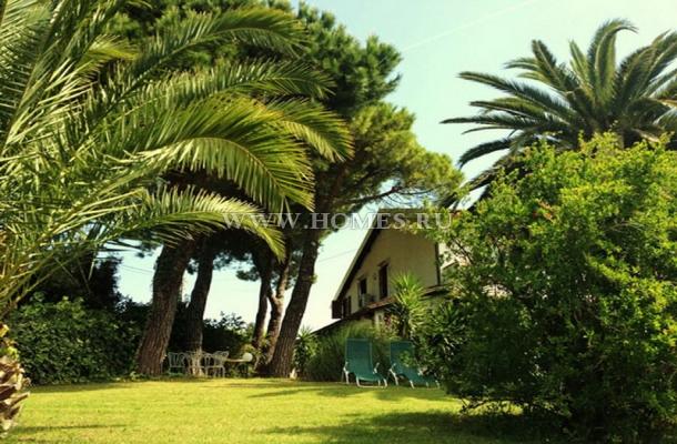 Красивый дом в Фоллонике
