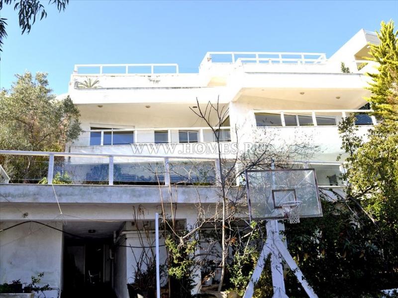 Просторная вилла в Афинах