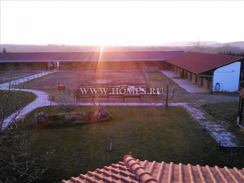 Частная ферма в пригороде Салоник
