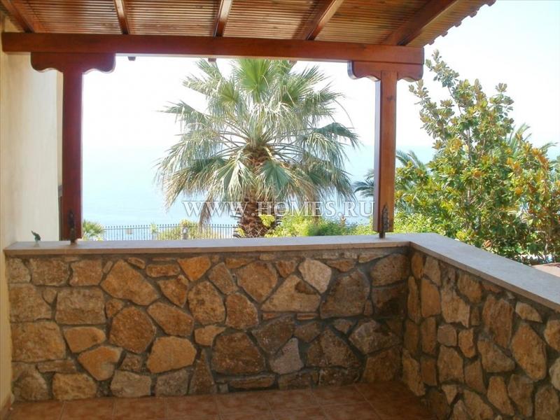 Красивая вилла на полуострове Кассандра