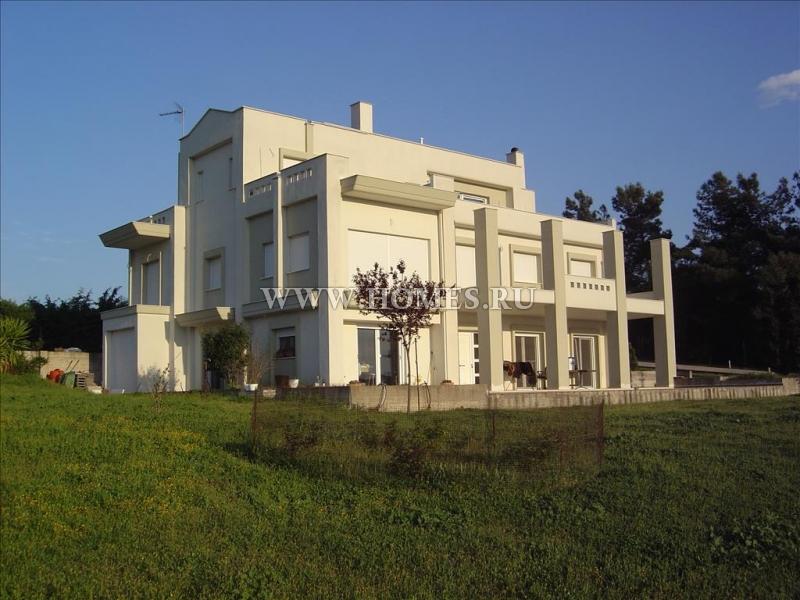 Уникальный коттедж в пригороде Салоник