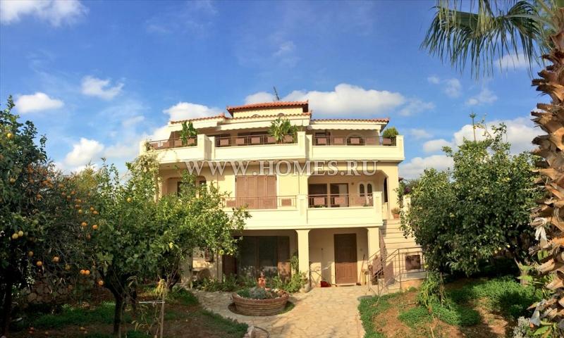 Дом в Афины у моря недорого