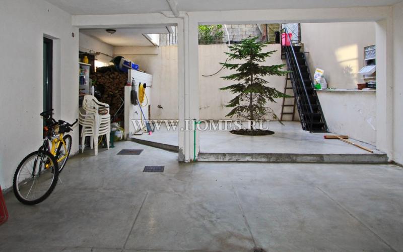 Трёхэтажный особняк в Кавале