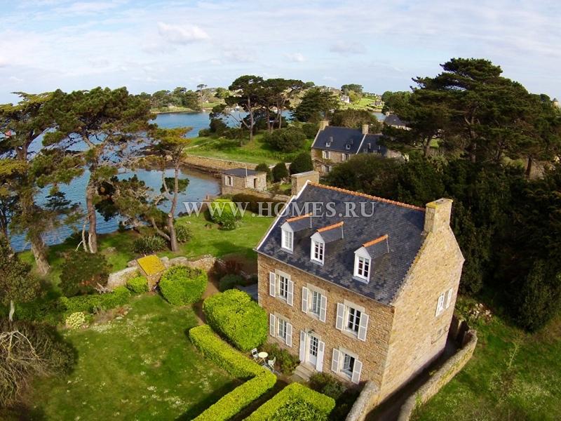 Семейный дом с потрясающим видом на море