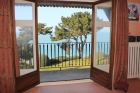Дом с живописным видом в городе Сен-Люнер