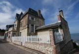 Уникальная вилла с видом на море в нескольких минутах езды от города Трувиль-сюр-Мер