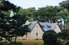 Старинный дом рядом с коммуной Перрос-Гирек