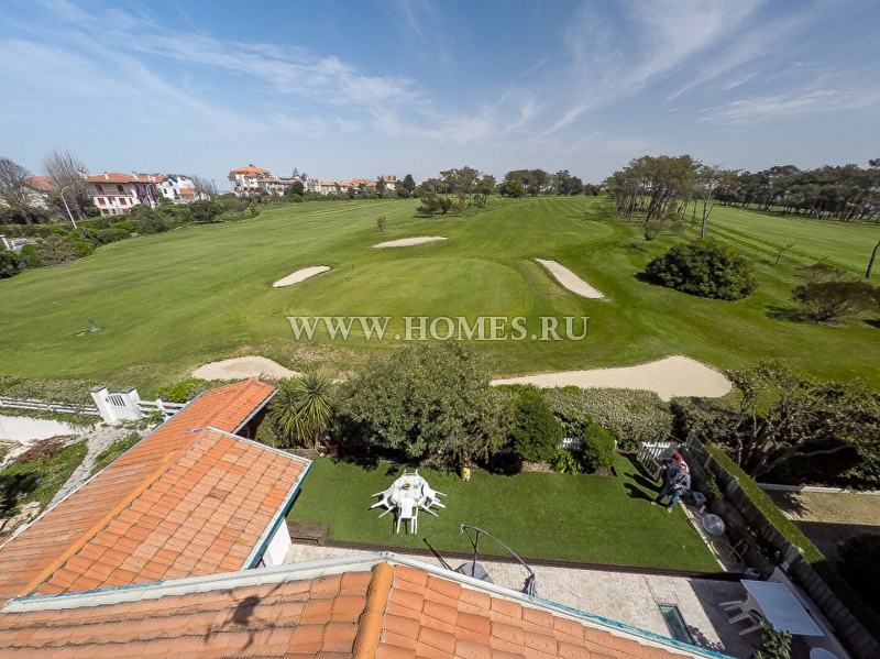 Уютный дом с видом на гольф-поля в Биаррице