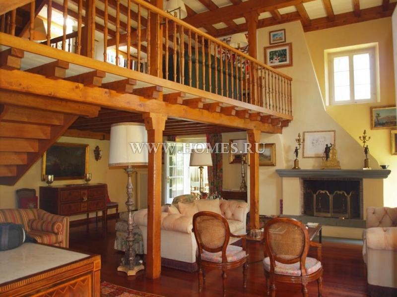 Прекрасный дом в городе Эпаленж