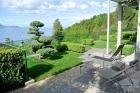 Дом с потрясающим видом на озеро и горы в Мон-Пелерин