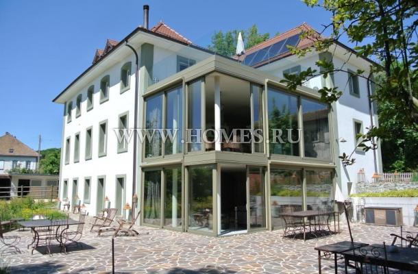 Отличный дом в городе Ле Мон-Сюр-Лозанна