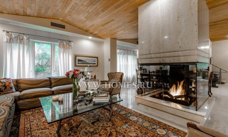 Потрясающий дом в Монреале