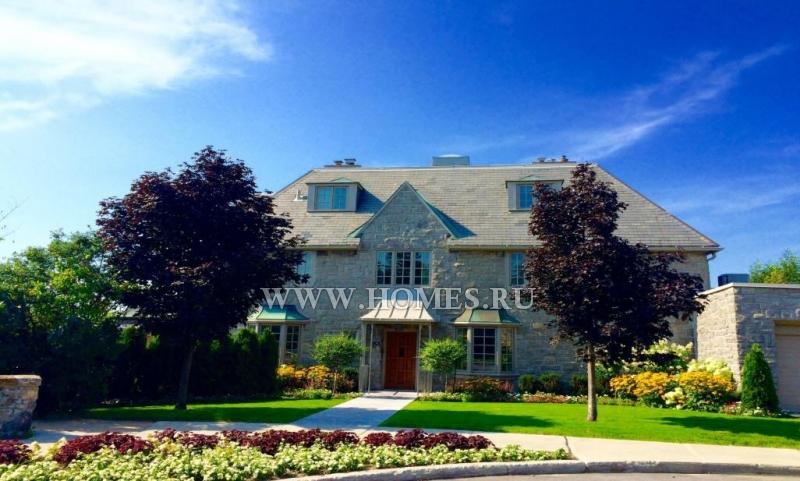 Красивый каменный дом в Уэстмаунте