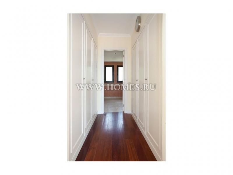 Шикарный дом площадью 296 кв. м. располагается в Кашкайше