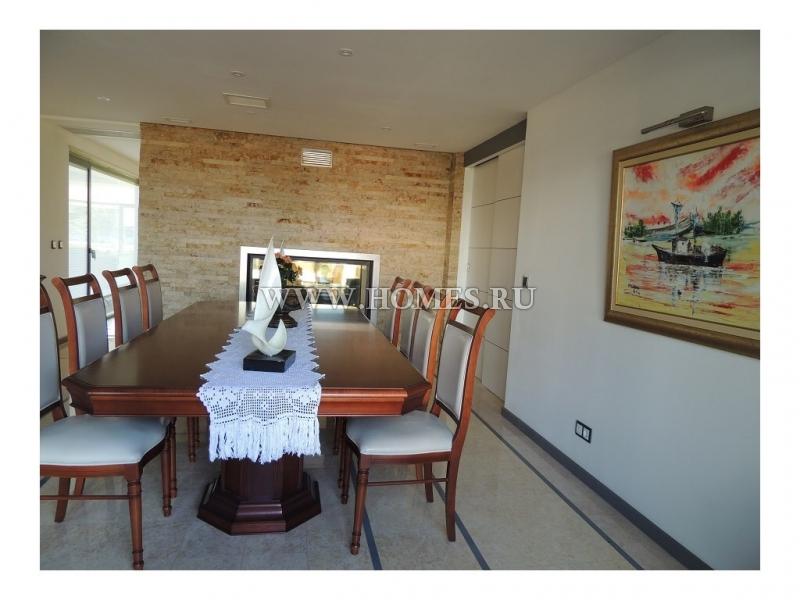 Замечательный дом в городе Сетубал