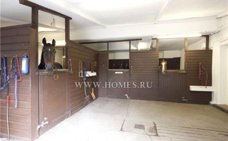 Уютный дом в старинной деревне Килбарчан