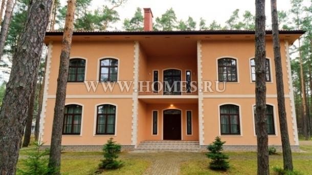 Элегантный дом в Юрмале